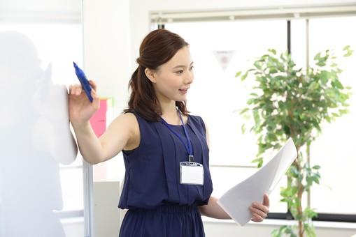 経理職、簿記知識及び経理実務経験者募集。長期就業者多数・実績多数@有楽町【WEB登録面談実施中】