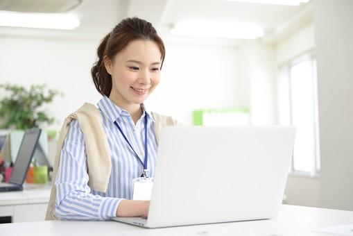 【即日~】週3日~、時短も相談OK!簿記3級・Excelスキルがあれば応募可能◎残業なし!穏やかな方が多く、働きやすい環境の会計事務所で《会計入力》【WEB登録面談実施中】