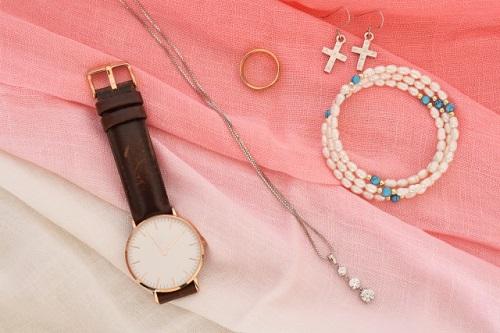 短期のファッション時計販売